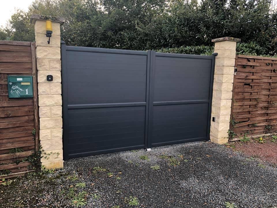 installateur de Portail aluminium sur mesure près de chez moi, en Normandie, Bretagne ou Ile de France